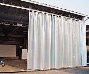 半透明ビニールカーテン