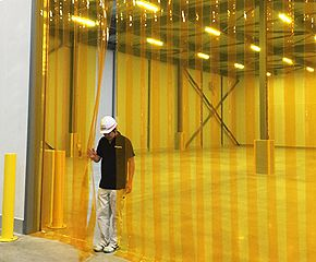 のれん式ビニールカーテン